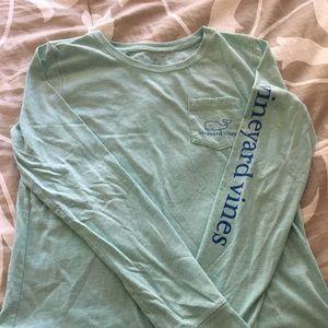 Woman's Vineyard Vines long sleeve t-shirt